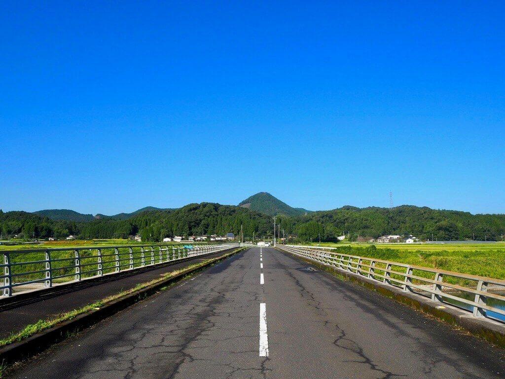 鳥神岡への道①