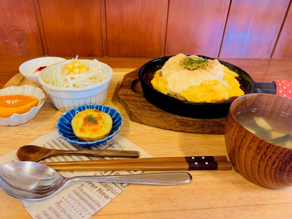 yurara デミチーズオムライス