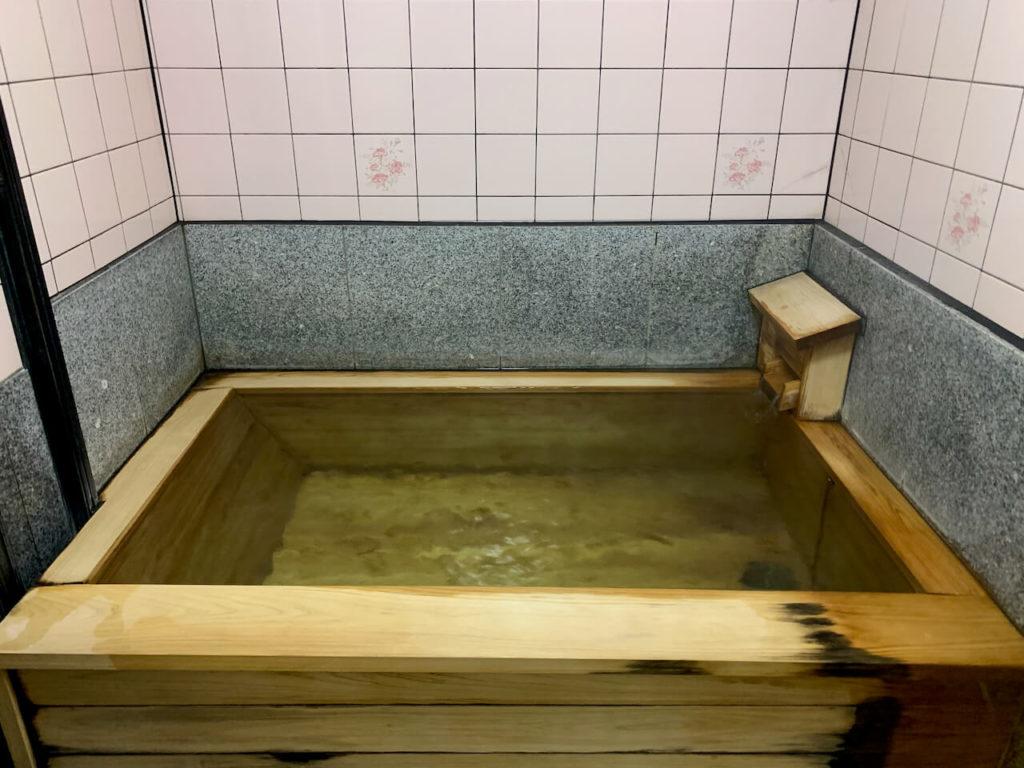 針持温泉内風呂
